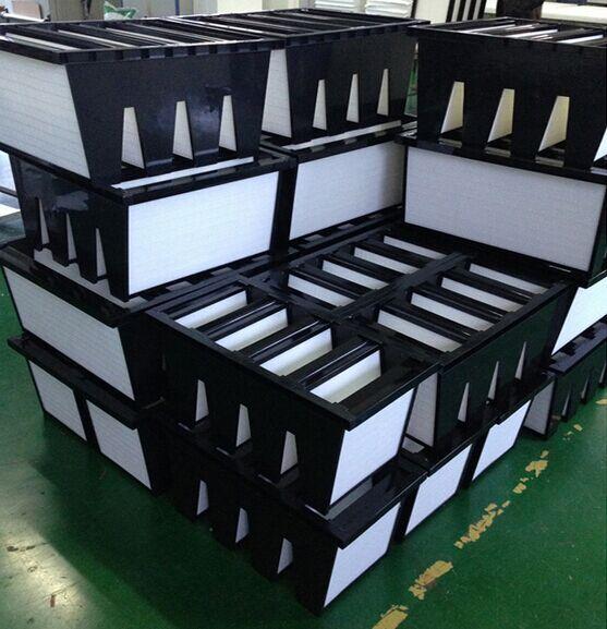 塑框W型V型组合式高效过滤器组装车间