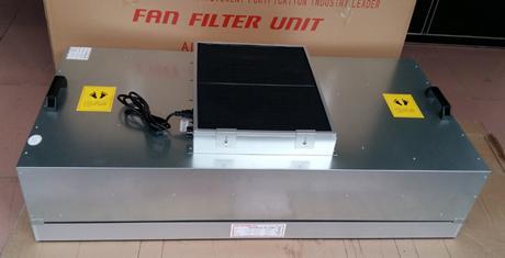 FFU初效过滤器安装在FFU风机进风口处